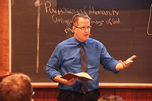Dr. Ryan Tietz teaches a class.